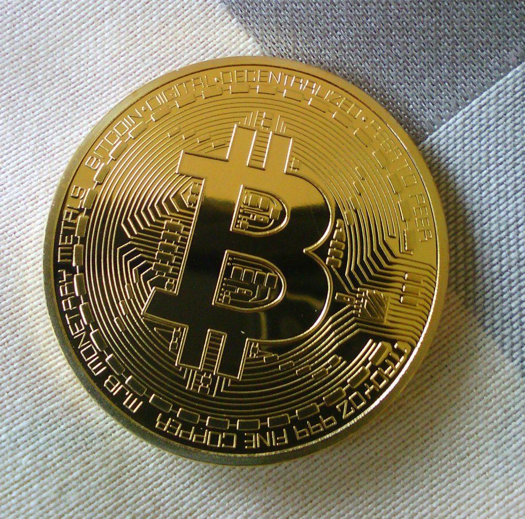 bitcoin on online